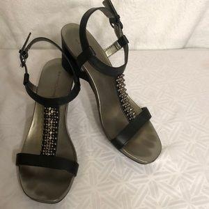 Bandolino Shoes - Bandolino strappy sandals
